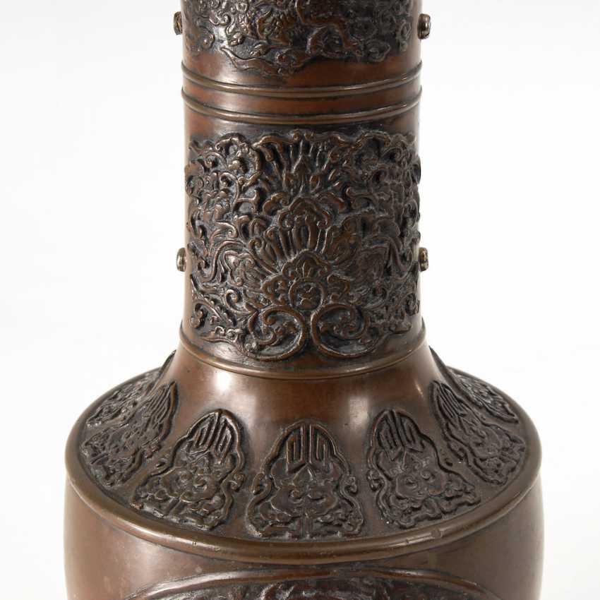 Chinese Bronze Vase. - photo 2