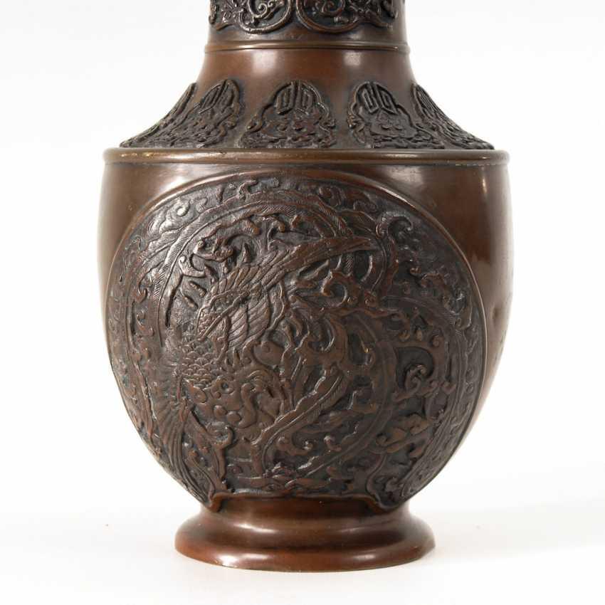 Chinese Bronze Vase. - photo 3