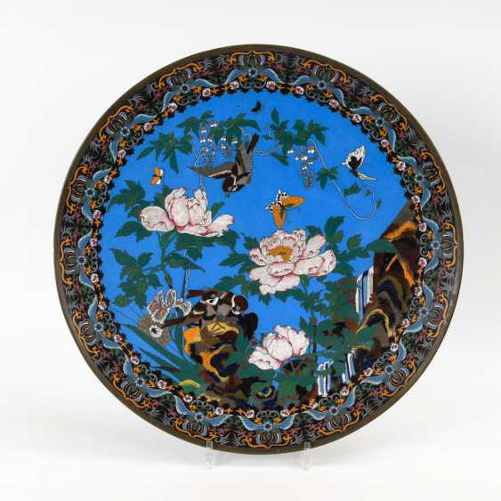 Pair of very large Cloisonné wall plate. - photo 3