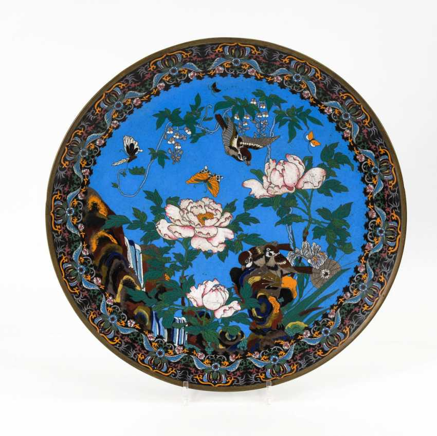 Pair of very large Cloisonné wall plate. - photo 5