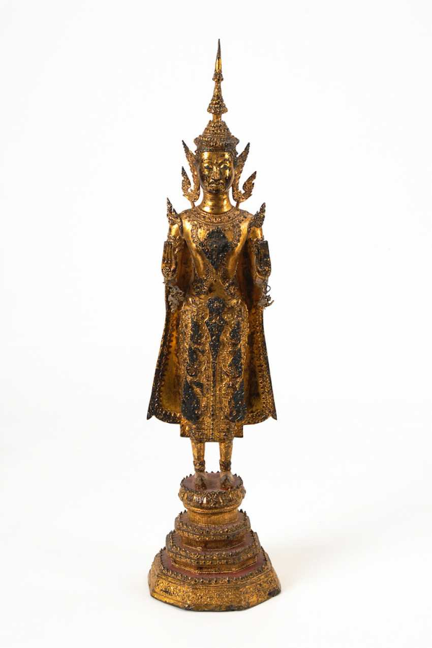 Thai Buddha. - photo 1