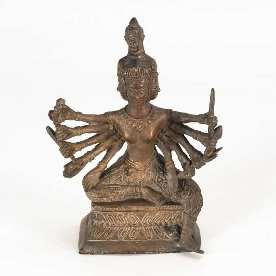Avalokitheshvara - Bronzefigur. - photo 1