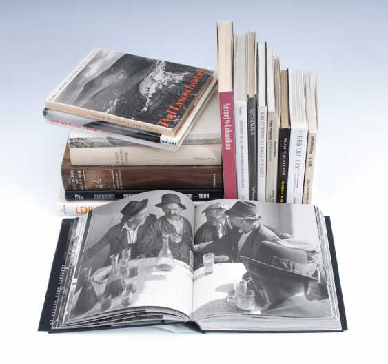 18 photo books. - photo 1
