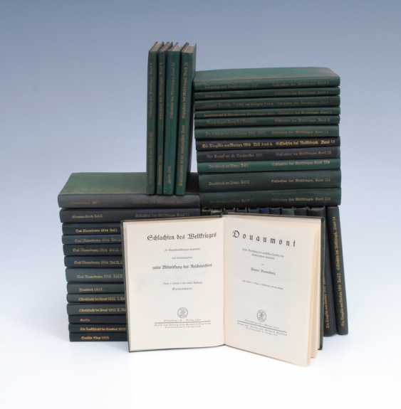 "38+2 volumes of ""battles of world war II"" - photo 1"
