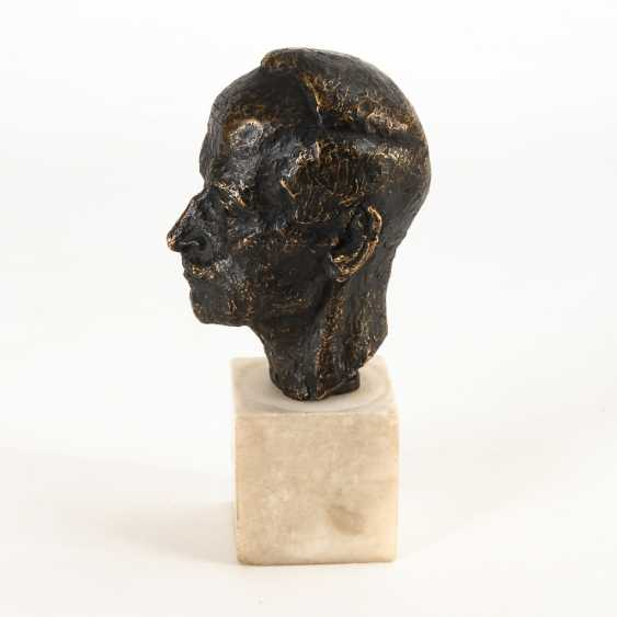Bronze Portrait Head. - photo 2