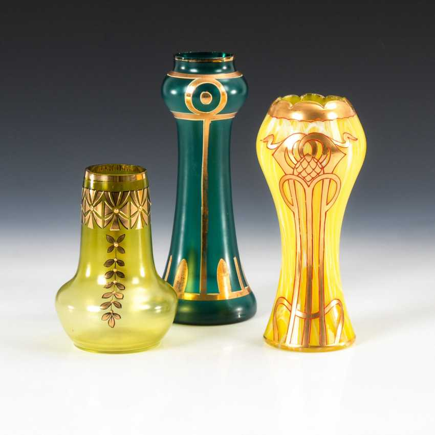 3 art Nouveau vases with gold painting. - photo 1