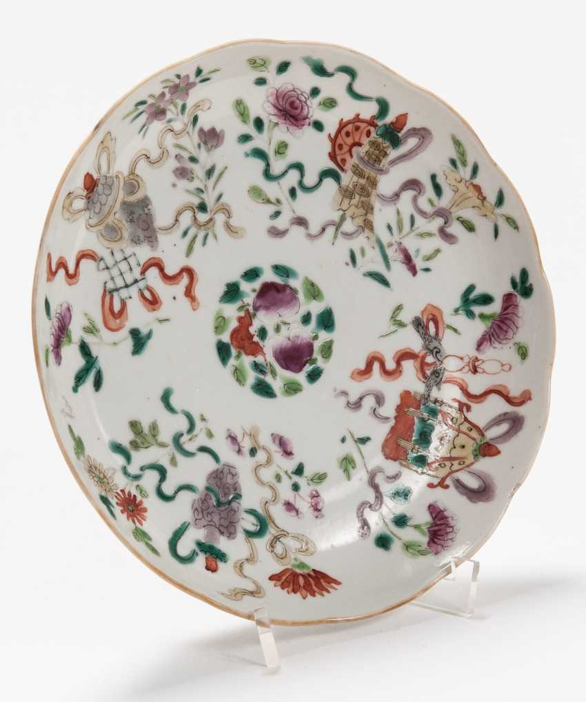 THREE VERY ATTRACTIVE COLOUR PAINTED PLATES - photo 7
