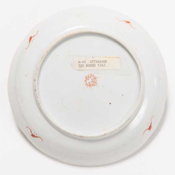 THREE VERY ATTRACTIVE COLOUR PAINTED PLATES - photo 8