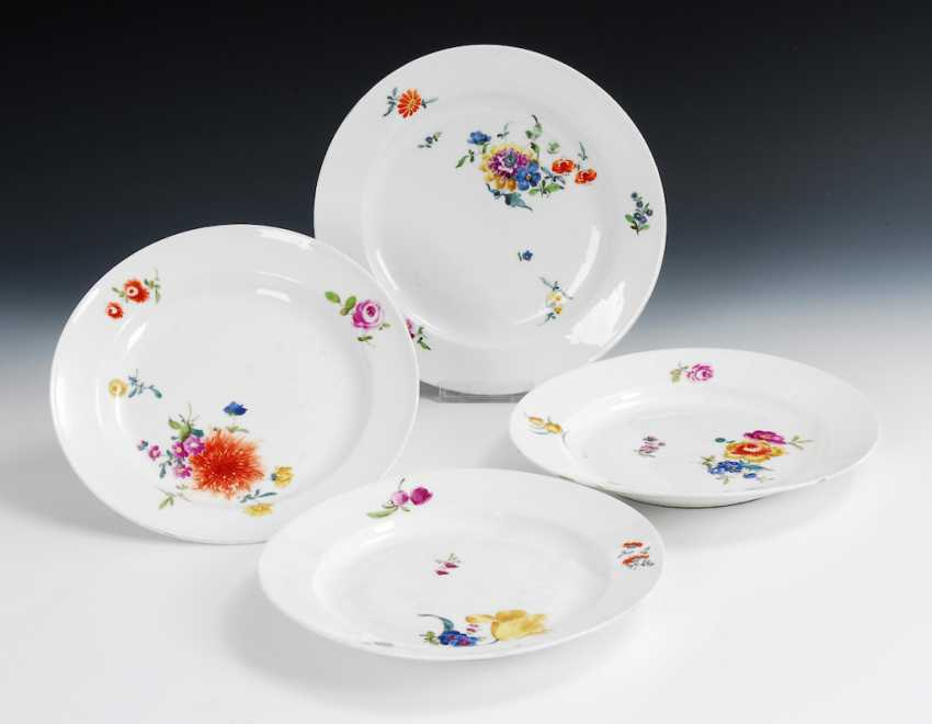 4 plates with flower painting, Meissen. - photo 1