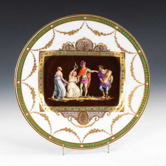 Plate with antique scene. - photo 1
