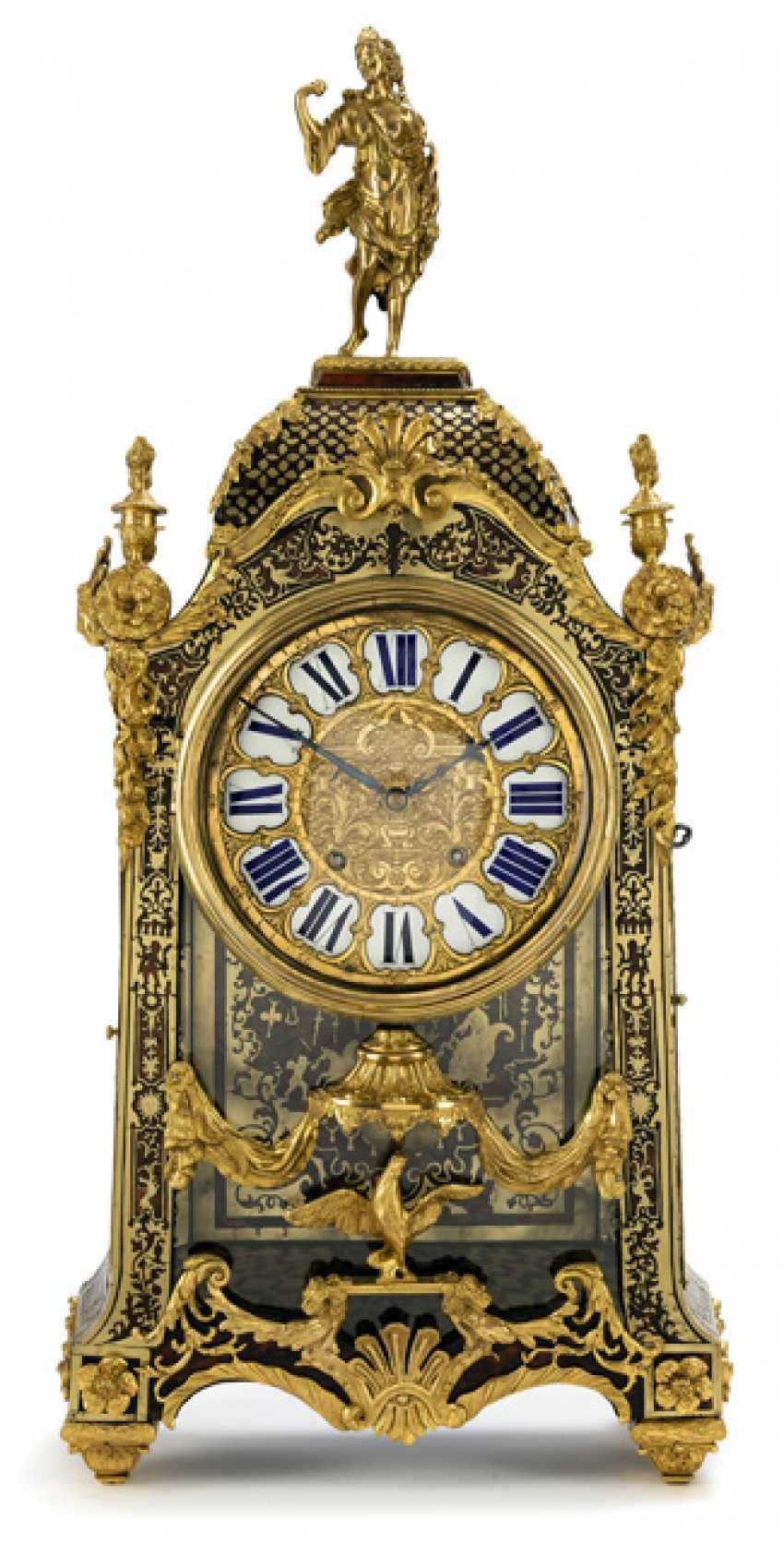 Pomp pendule. Factory Baltazar Paris, France, referred to, 18. Century - photo 1