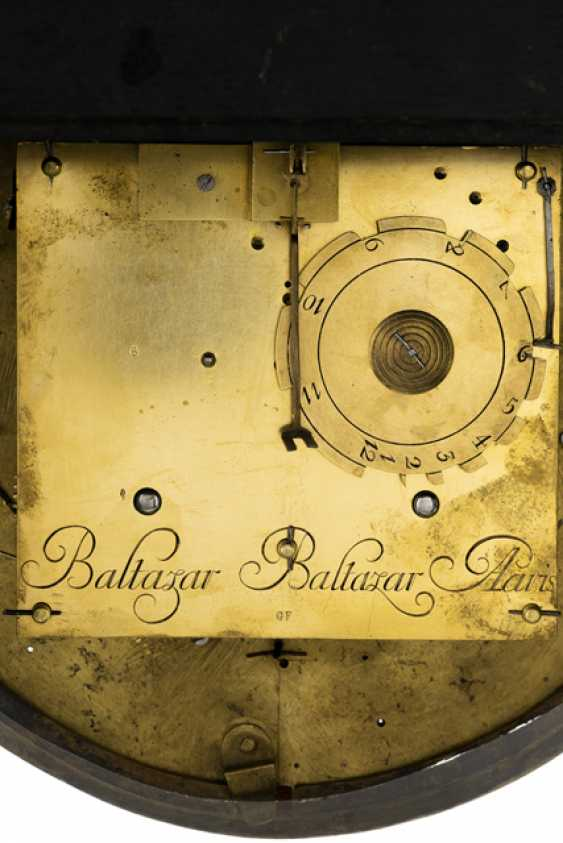 Pomp pendule. Factory Baltazar Paris, France, referred to, 18. Century - photo 4
