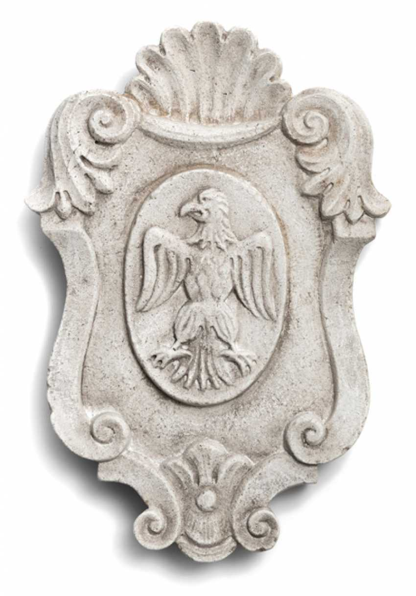Stone coat-of-arms. The Rococo Style - photo 1