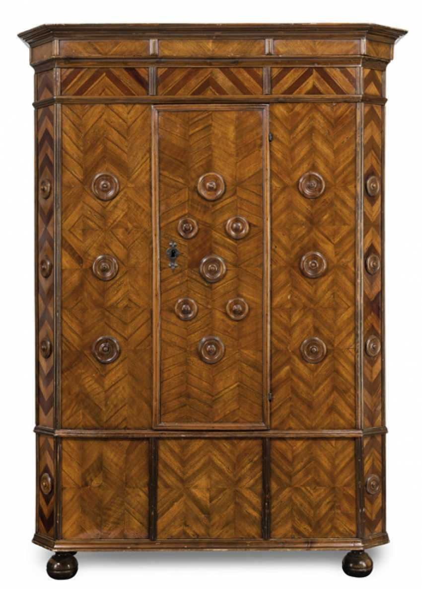 Rare Baroque-Host-In Closet. English, circa 1680 - photo 1