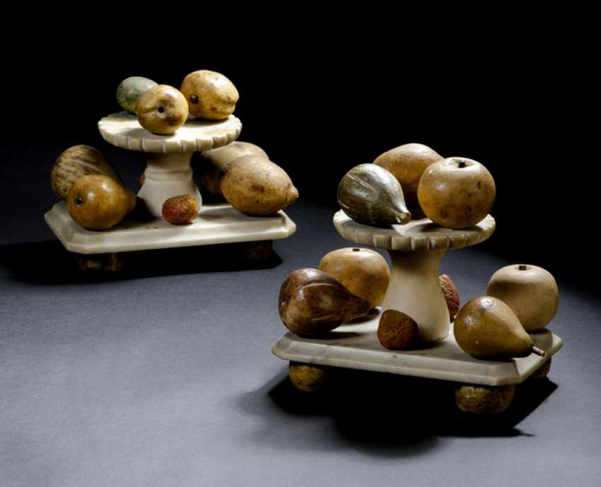 Pair of table ornaments made of painted Alabaster. Italy, 18. Century - photo 1