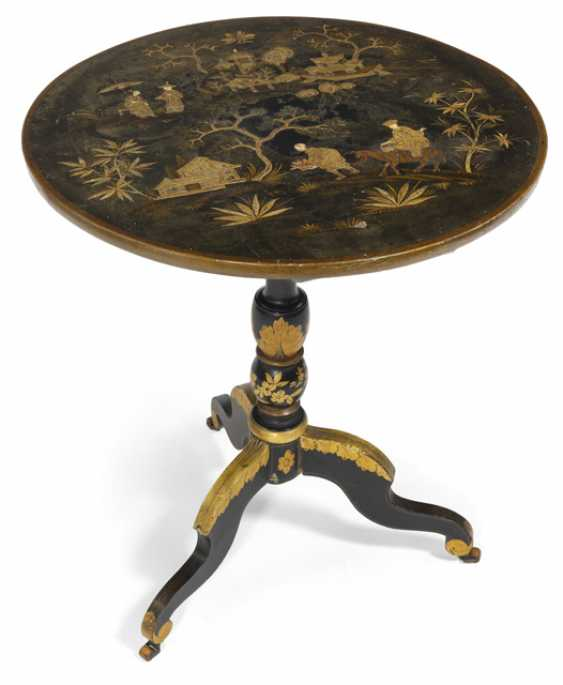 Dissecting table in the chinoisen style. Probably England, 19th Century. Century - photo 1