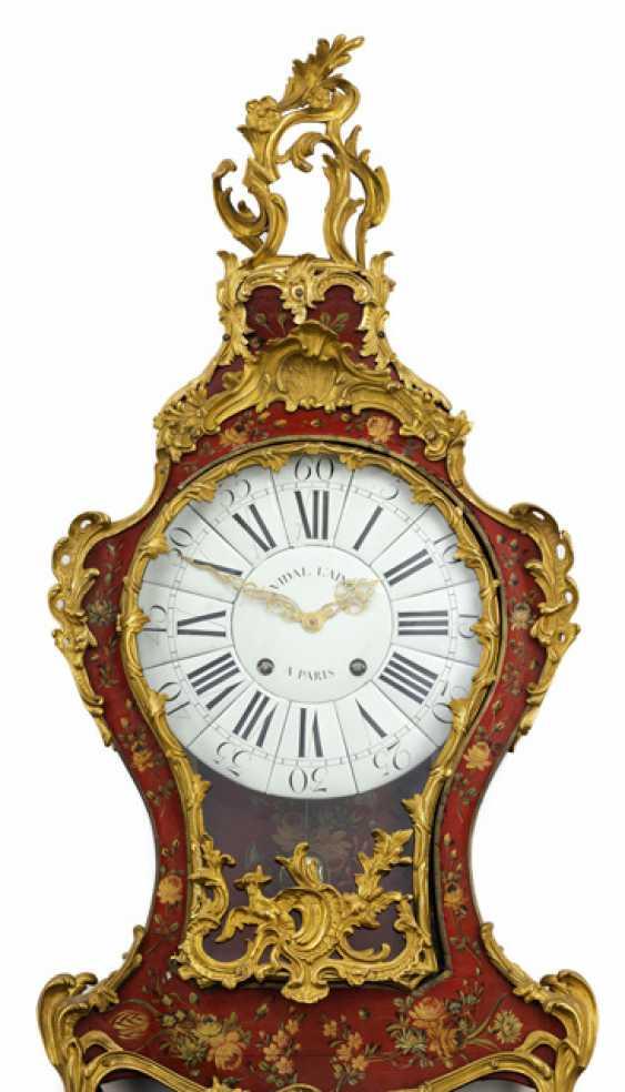 Louis XV clock on the wall console. Name Vidal L'ainé, Paris, about 1750 - photo 2