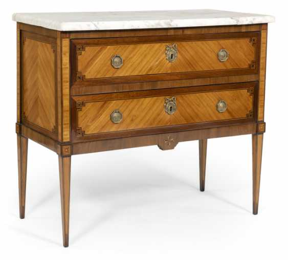 Louis XVI chest of drawers. Late 18th century. Century - photo 1
