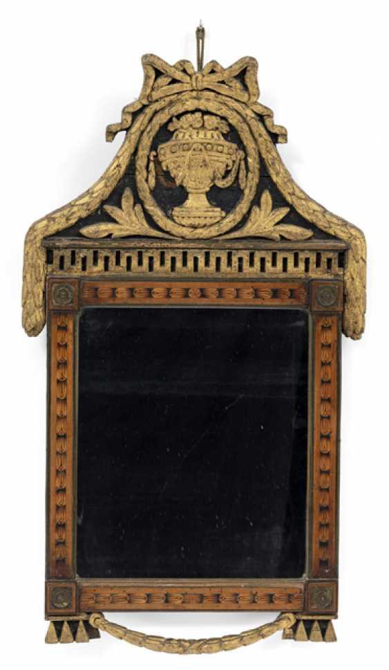 Small Louis XVI mirror. English, about 1780 - photo 1