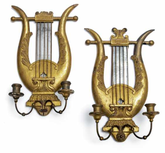 Pair of wall appliques in lyre form. Neo-Classical Style, 19. Century - photo 1