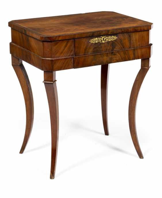 Neo-Classical Sewing Table. Probably North German, about 1810 - photo 1