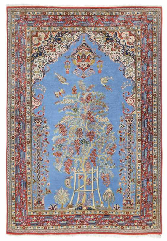 Qom Prayer Rug. Central Persia, around 1950 - photo 1