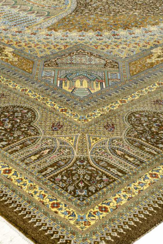 "Exceptional Seidenghom, Mostly Manufactory ""Jamshidi"". Central Persia - photo 4"