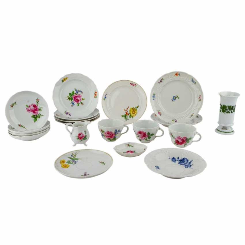 MEISSEN group of 19 pieces, 20. Century: - photo 1
