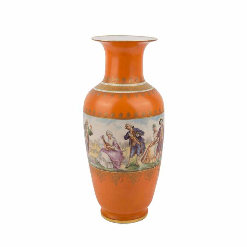 Porcelain factory VICTORIA AG/BOHEMIA Vase, 1945. - photo 3
