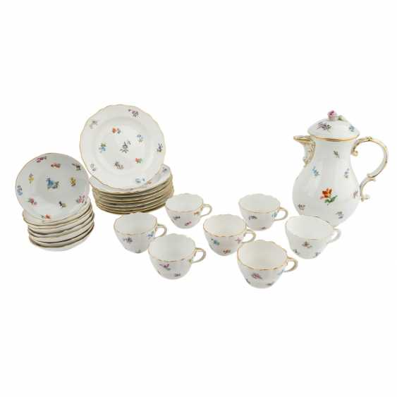 MEISSEN coffee service, parts f. min. 6 people 'scattered flowers with gold edge', Pfeiffer time, and earlier. - photo 1
