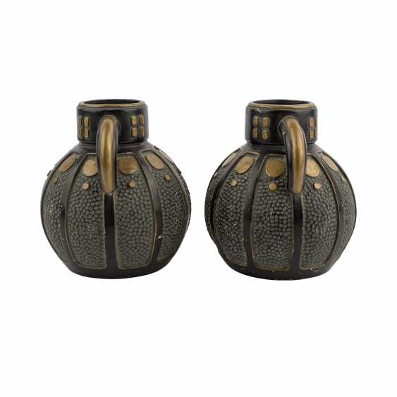Art NOUVEAU Pair of Henkel vases. - photo 2