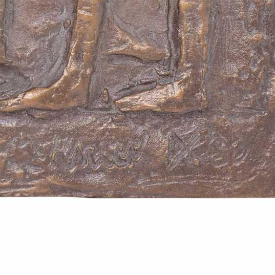 """KNEER, ALBRECHT (b. 1923), A Bronze Relief Of The """"Choir"""", 20. Century - photo 2"""