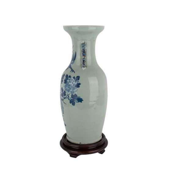 Floor vase with celadon glaze. CHINA, 1. Half of the 20. Century. - photo 2