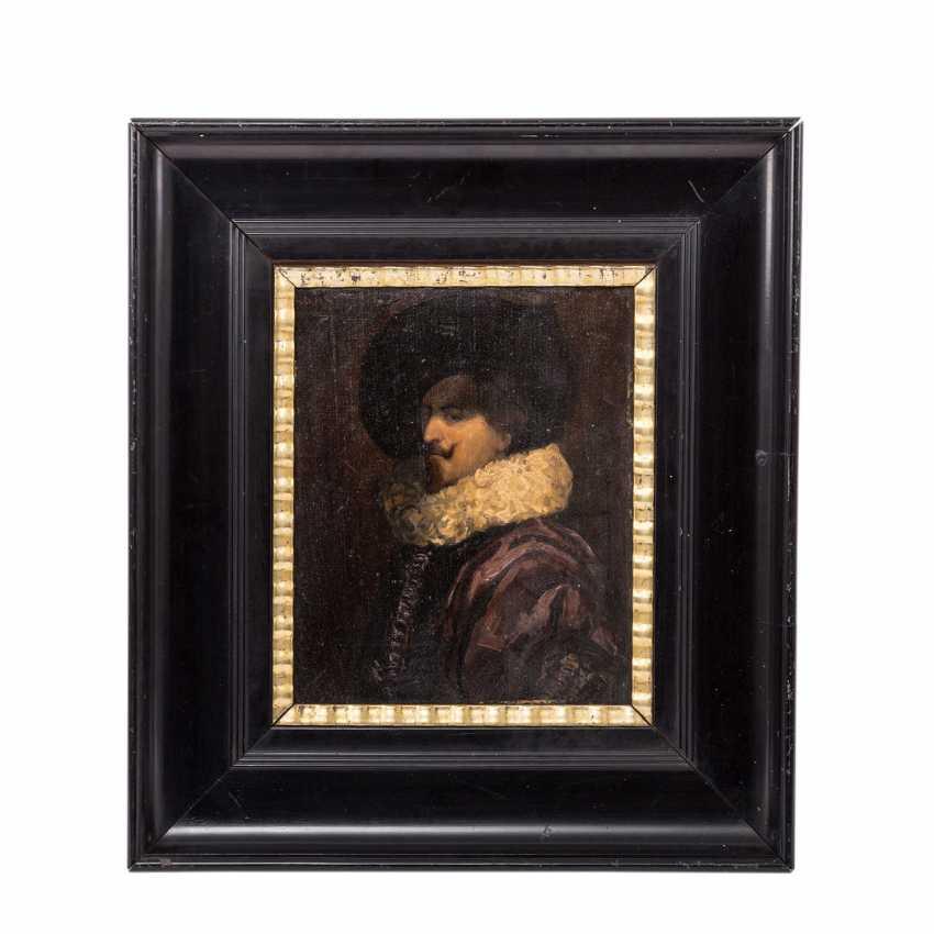"""TIEL, HANS (19./20. Jahrhundert), """"Portrait eines Edelmannes mit Mühlsteinkragen"""", - Foto 2"""