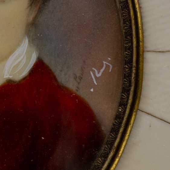 Porträt-Miniatur 'Knabe im roten Anzug', 1900-1945. - Foto 2
