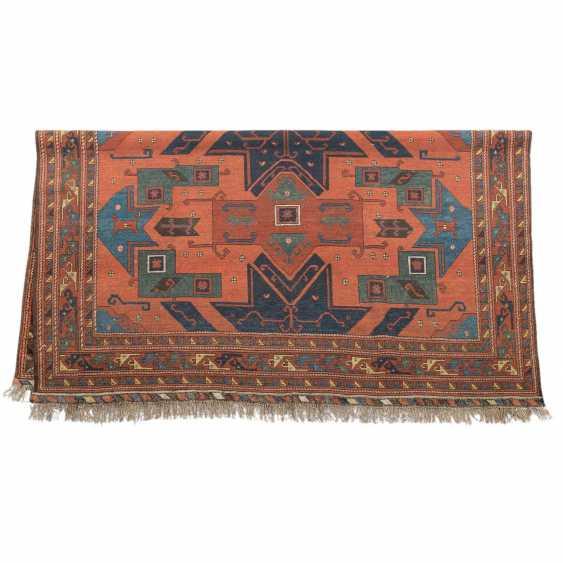 Orientteppich. 20. Jahrhundert, ca. 240x260 cm. - Foto 2