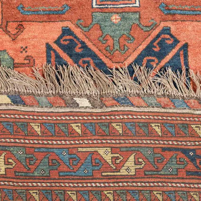 Orientteppich. 20. Jahrhundert, ca. 240x260 cm. - Foto 3