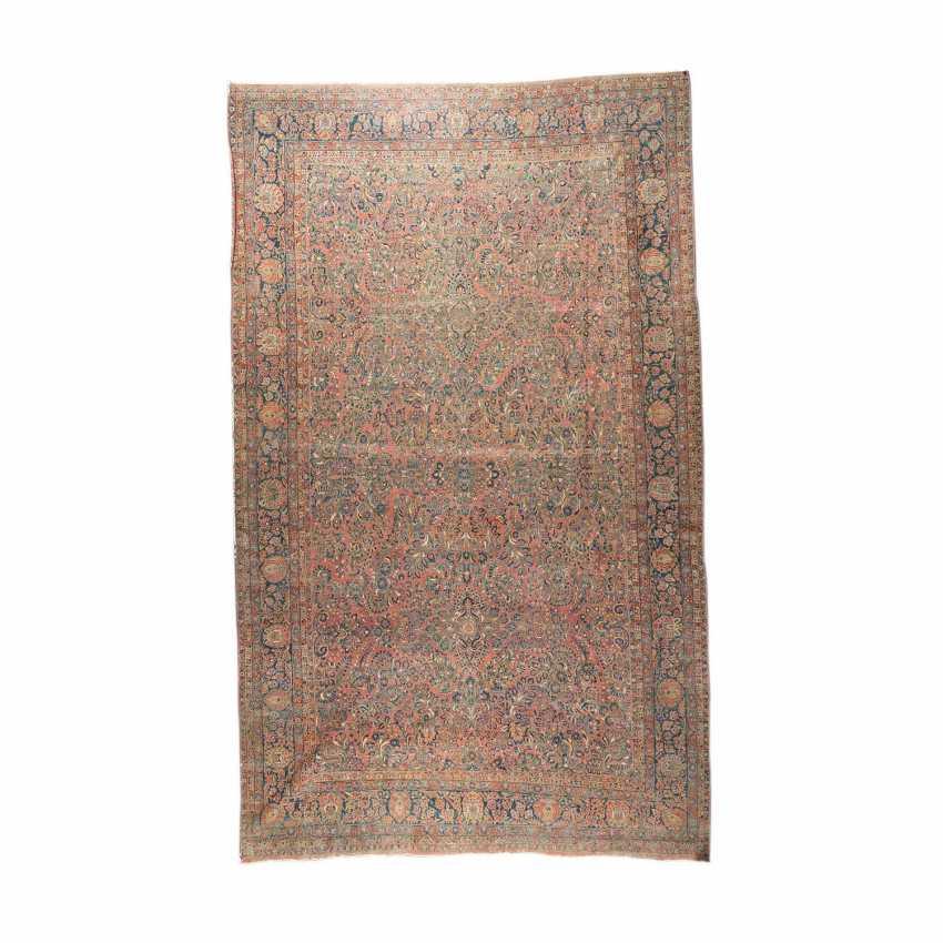 Orientteppich. SARUK/PERSIEN, 1. Hälfte 20. Jahrhundert, ca. 548x348 cm. - Foto 2