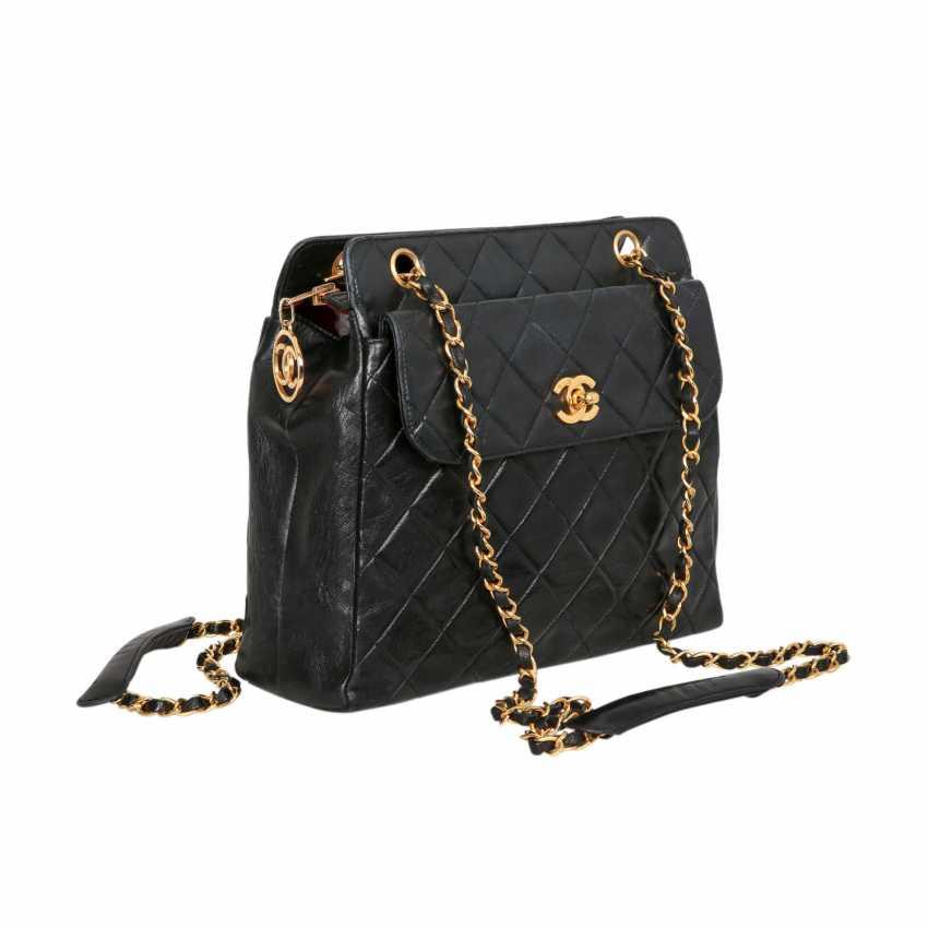 51fe72cac673 Lot 16. CHANEL VINTAGE shoulder bag