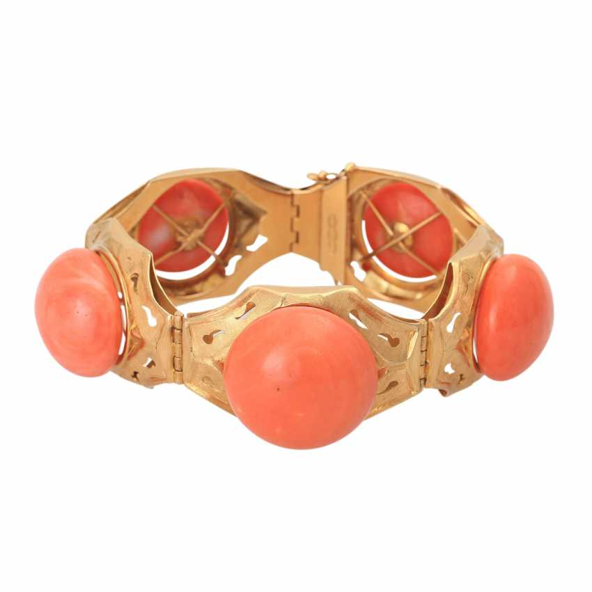 7240289a81f60 Lot 232. Gold bracelet with fine Mediterranean coral from the ...