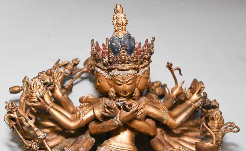 Lot 1017  Yi-dam Kalachakra from the auction catalog