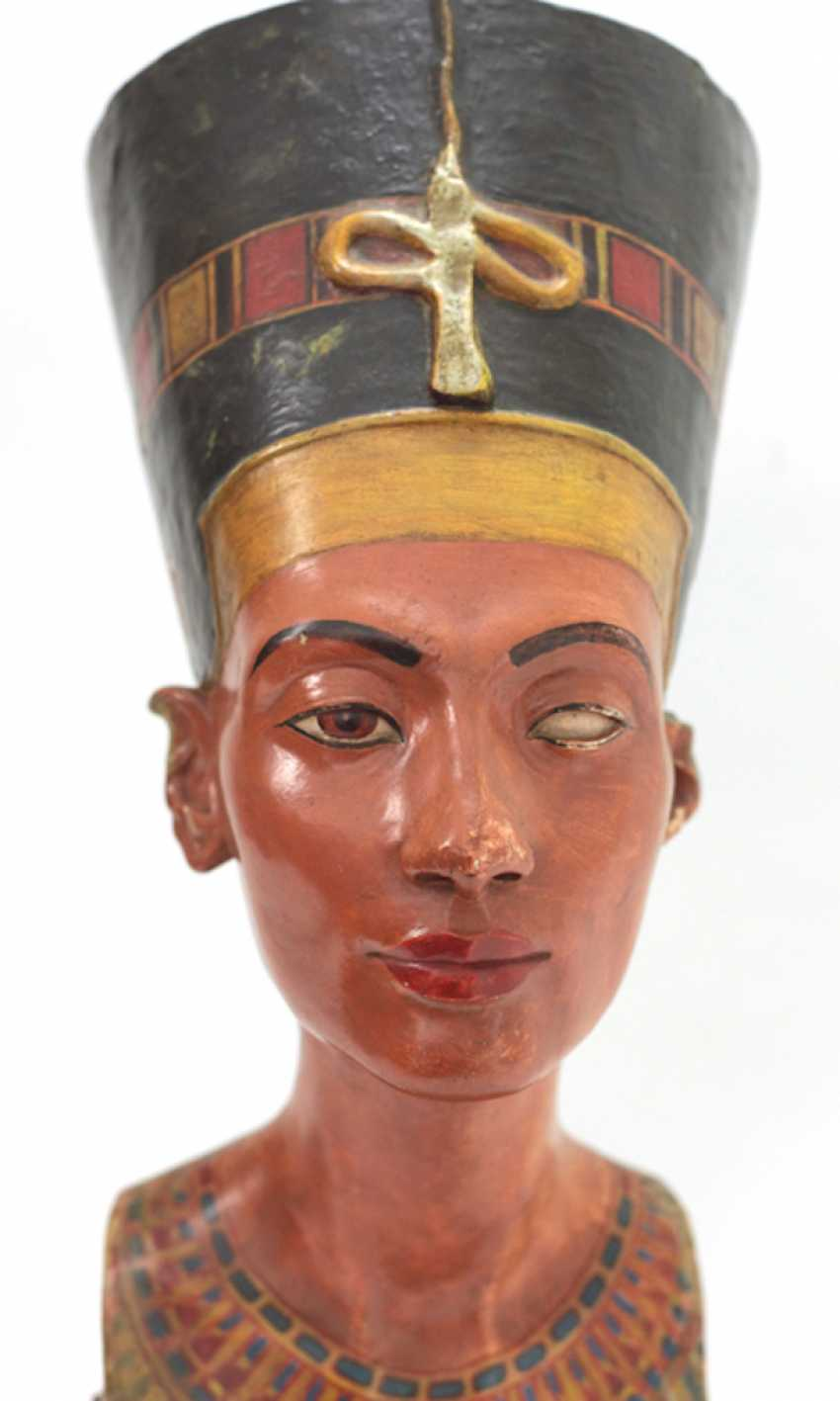 Bust of Nefertiti. Very early replica to Tina Haim-Wentscher to 1920 in original size, Gipsformerei state. Museums Bln - photo 1