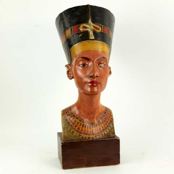 Bust of Nefertiti. Very early replica to Tina Haim-Wentscher to 1920 in original size, Gipsformerei state. Museums Bln - photo 7