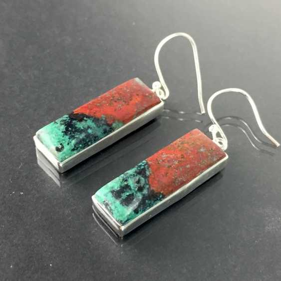 Pair of modern earrings, of elongated rectangular Form, chrysocolla with Cuprite / Rotkupfererz, in silver 925. - photo 1