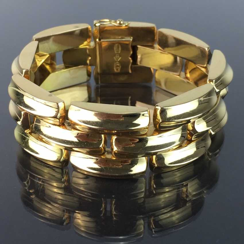 High-quality wide Gold bracelet: yellow gold 750, three-breasted, very elegant. - photo 1
