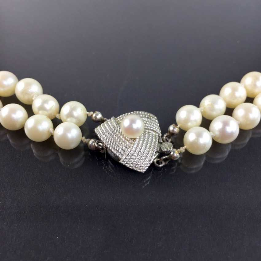 Elegant rhodium-plated two-row pearl necklace / pearl necklace: Akoya pearls, handmade clasp silver 925, very good. - photo 2