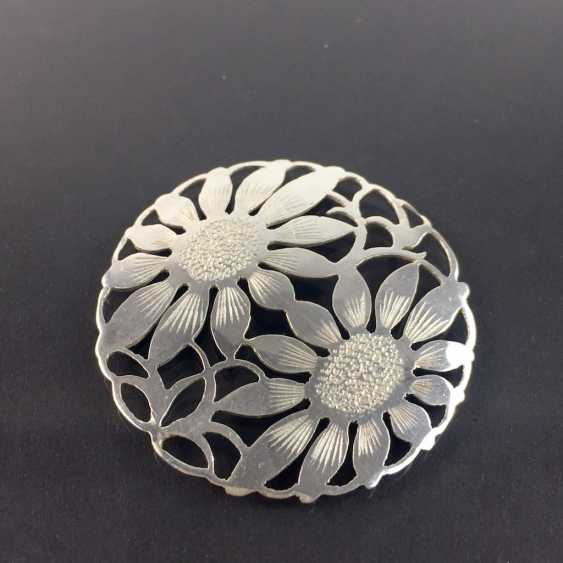 Costume badge brooch Charivari: hand work, two sunflower, silver 900, very nice. - photo 2
