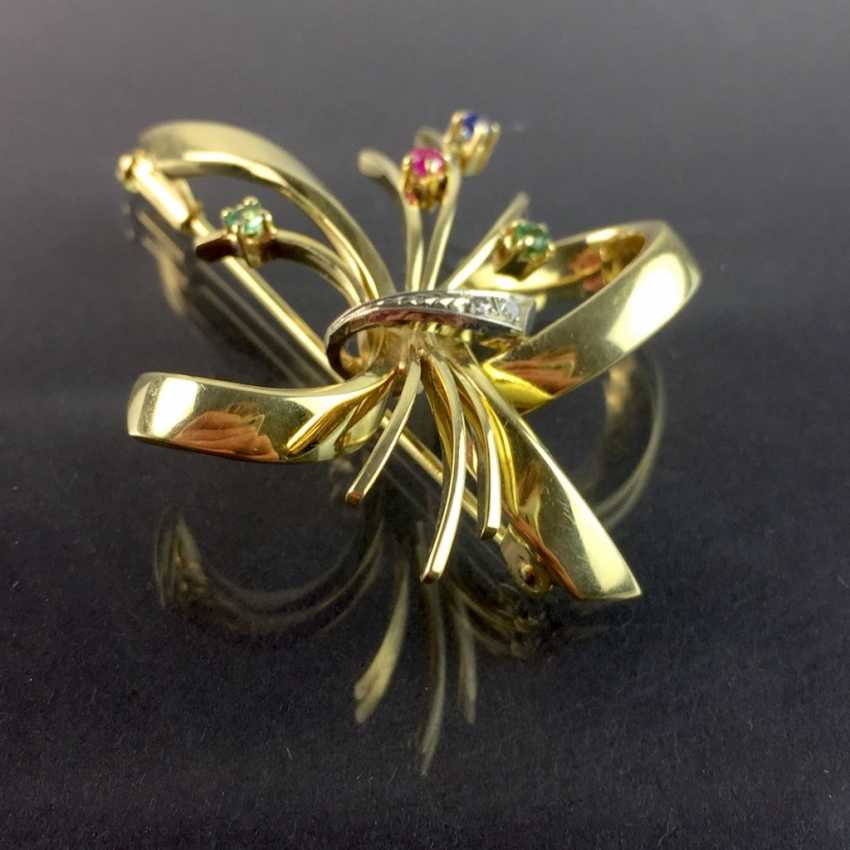 Unusual flower brooch with brilliant-cut diamonds and Smaragdenm ruby, Safir. Yellow and White Gold 585. Unique, very well. - photo 2