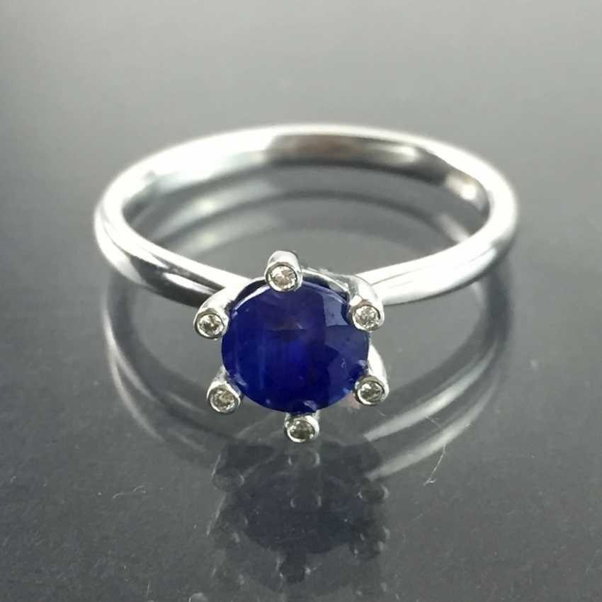 Precious ladies ring with sapphire and diamonds in 950 platinum! - photo 1