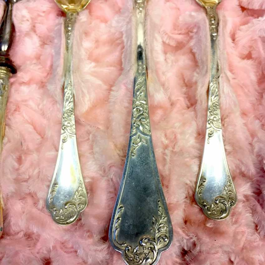 Exceptional Serving Cutlery: Jewelry Kind, Of Leipzig. Silver 800. Historicism in 1890. - photo 6